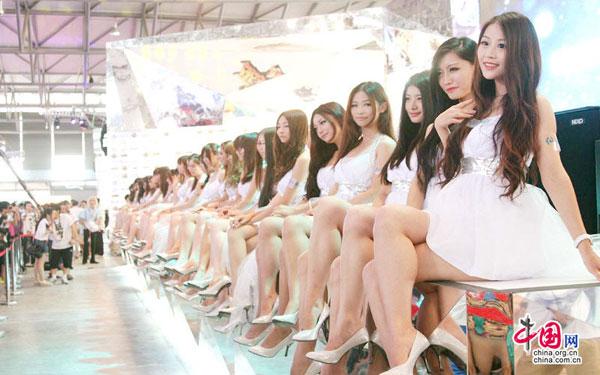 chinajoy巨人美女排排坐