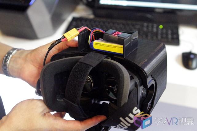 英特尔WiGig无线VR配件